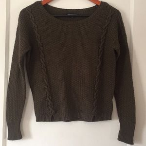 AE Light, cable knit sweater